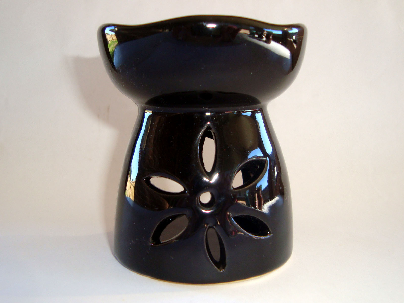 Small Oil Burner - Cut Flower - Black